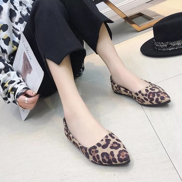 Womens Leopard Print Flats Pointed Toe